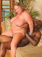 Sienna Hills knows how to treat a big black dick to some fun!