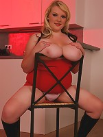 Alice sure knows how to use her plumper curves to seduce any man alive! Watch her work her way into s great BBW banging!