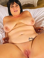 Andi XXX is one sexy full fugured plump gal that loves to show off her curves and her talent at sucking dick and riding a cock till she's filled with cream!