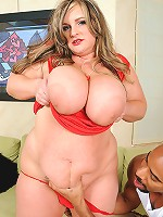 Watch this sexy piece of Plumper ass get herself a nice hardcore bangin! Interracial BBW action at its finest!