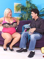 Skinny boy stretches fat swarthy slut's snatch