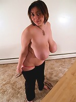 Fat beauty shows her yummy tits and big ripe booty