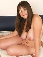 Exciting shaved young chubby posing naked