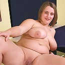 Chubby young girlie exposes her little shaven pinkie