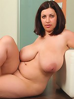 Plump young puss shows her amazing natural melons