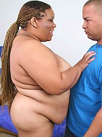 Black fatty bending over to have her pussy pounded