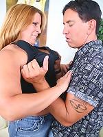 Slutty BBW gets a hard muff nailing
