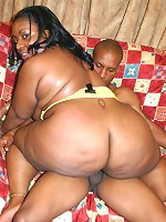 Big ebony Carmyell spreading her thick black thighs to take cock thrusting in her pussy
