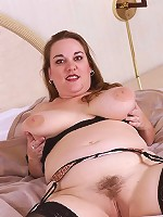 Blonde Plumper Babe wearing Black Lingerie Playing Tits and Pussy