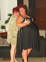 Horny redheads Louise and Mindy show off their racks to seduce a guy and share his cock live