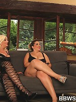 Femdom Sandwich with 2 big ladies and their slave