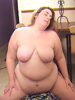 BBW sits on his face and gives him no mercy