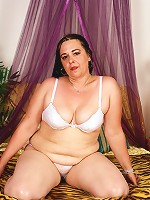 This BBW is on an all dick diet...it isn't working!