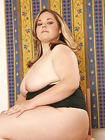 Cute BBW loves getting fucked!