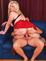 Big blond babe has fat ass ridden hard!