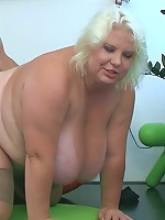 The fat whore strips and gives him a blowjob before he gets access to that hot pussy