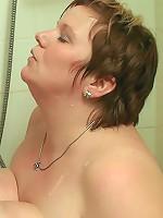 Fat cock fucks a BBW in shower