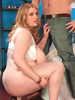 Sadie Berry: Tits, Tugs & Throat