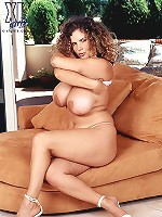 Amateur arwyn gets her big distinguished soft and bouncy goodies nailed in these flicks.