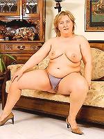 Curvy Blonde Plumper