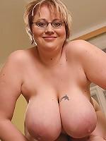 Blonde Plumper Pumpe!