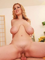 Sexy plumper blond Terry Nova looks pretty good with her long legs and perfect smile. But she's got a whole body to make anyone want to fuck her, especially with her breasts swinging back and forth. This busty woman loves the feelig of a thong rubbin