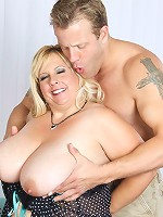 BBW lets her tongue and lips go to work on his cock before she lets him fuck the shit out of her lovely, perverse pussy